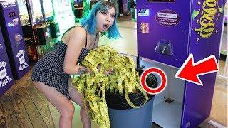 We Found An Unlocked Arcade Ticket Machine!