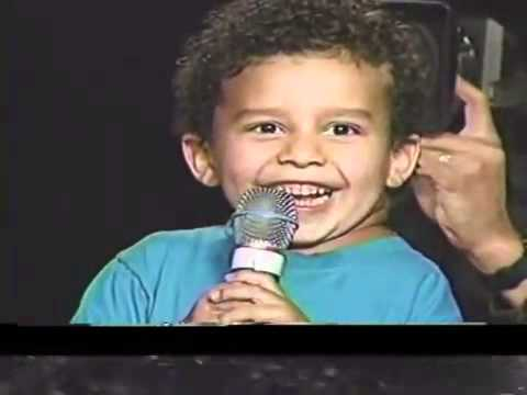Little Kid Amazes Benny Hinn
