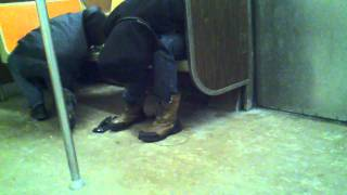 Repeat youtube video Rat in train