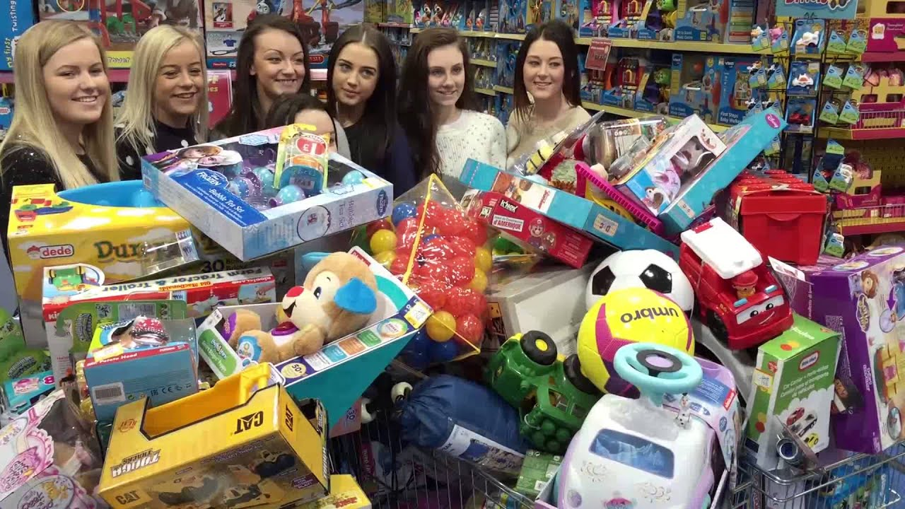 Buckie High School S Shopping Spree At Smyths Toys Store