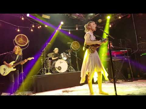 Grace vanderwaal - burned & sick of being told - trees Dallas - (2/13/18)