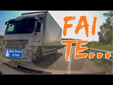 BAD DRIVERS OF ITALY dashcam compilation 10.09