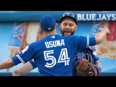 ARI@TOR: Osuna registers 14th save in Blue Jays' win