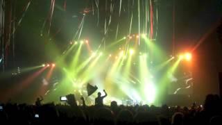Die Toten Hosen - 09-Eisgekühlter Bommerlunder (Live In Zurich, December 5, 2012)