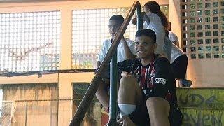 Бразилия тратит на футбол и забывает о школе - learning world