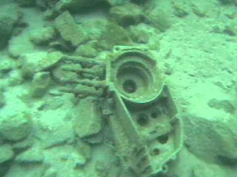 Карпинский известняковый карьер. Подводное видео