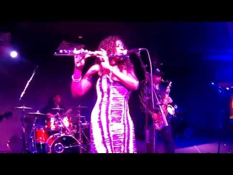 Detroit Turns Up The Heat In Alabama With Chaka Khan Cover...