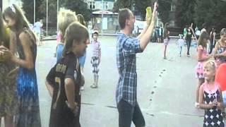 живые скульптуры в г  Россошь на День молодежи
