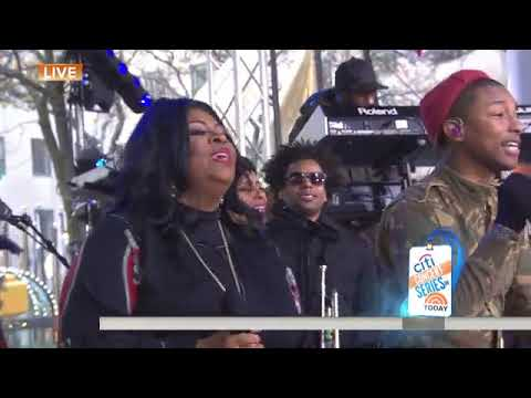 Free Download Pharrell Williams, Kim Burrell Perform Music From 'hidden Figures' Live Mp3 dan Mp4