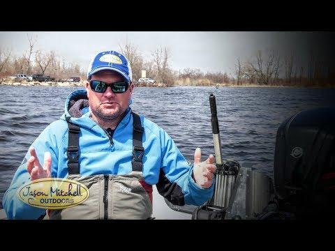 Finding Walleye Spots in Rivers w/ Side Scanning Tech