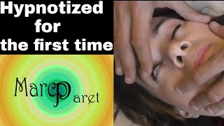 Hypnotized for the first time - Deep trance - Hypnosis in the lift + Exercise