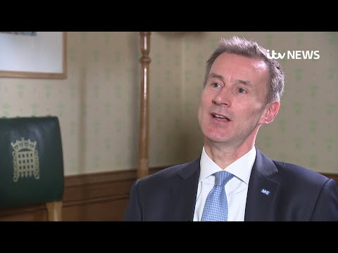 Jeremy Hunt apologises to patients for NHS failures