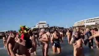 Repeat youtube video dernier bain de l'année cap agde 2014
