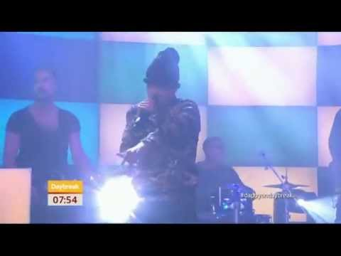 Dappy from N Dubz sings new single