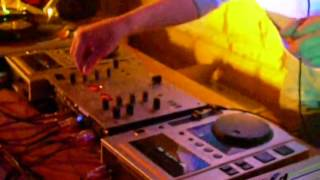 DJ VLAD CHEIS LIVE FROM PARTY@ HARDCORE REVOLUTION 2005