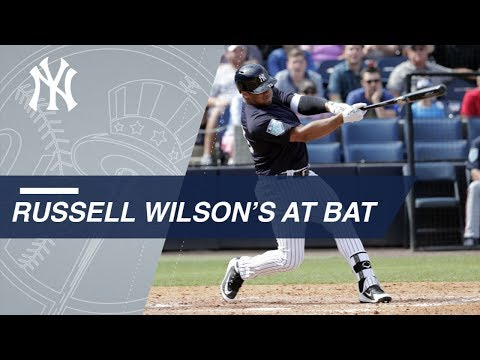 Russell Wilson bats for first time in Spring Training