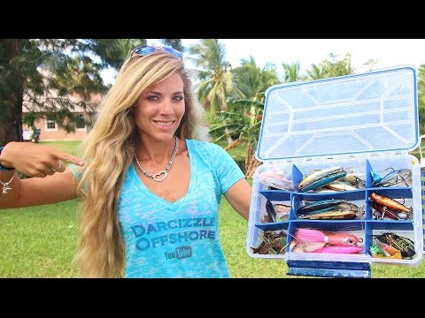 What's In My Inshore Fishing Tackle Box Ft. HOW TO Tips!