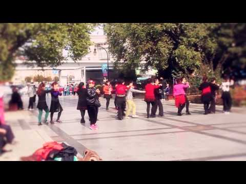 Flashmob Proposal of Marriage in Xinghai Park ,Dalian,China