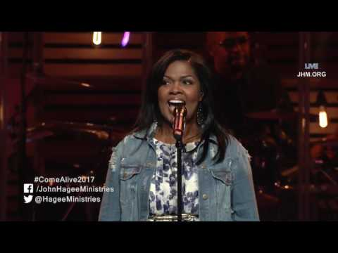 "Live Praise and Worship Music CeCe Winans ""Let Them Fall In Love"" [Over 60 mins)"