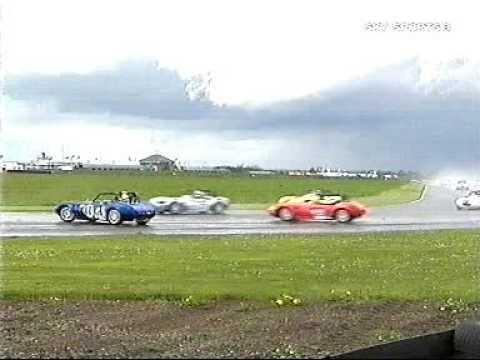 Three Ginettas spin off at Croft 2005