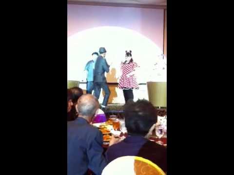 Edwin Chen being introduce to 郑盈盈. J Team