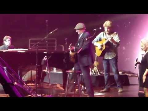 James Taylor - How Sweet It Is To Be Loved By You - Boston Strong Charity Concert 5-30-13 Mp3