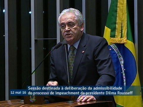 Otto Alencar anuncia voto contrário à admissibilidade do processo de impeachment