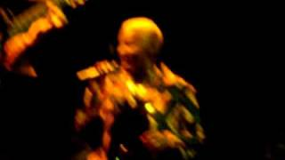 Angelique Kidjo singing Makeba
