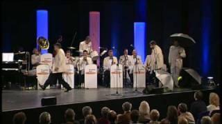 Pasadena Roof Orchestra - Singin