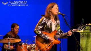 Watch Robben Ford Everything I Do Gonna Be Funky video