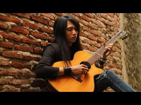 Sajadah Panjang ( Bimbo ) cover by Esacoustic
