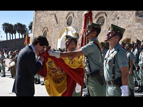 Acto de juramento civil a la Bandera en las Murallas Reales