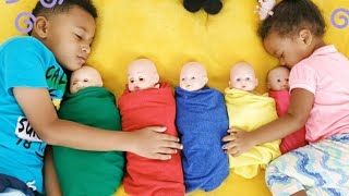 Are You Sleeping Brother John. Kids songs an Nursery Rhymes by Kris and Kira Family Show