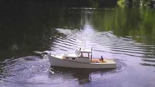 RC Boothbay lobster boat Whim with crew