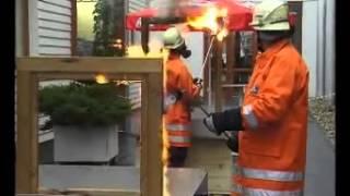ТАМАК. Испытание пластиковых и деревянных евроокон на огнестойкость.(, 2015-06-18T19:37:15.000Z)