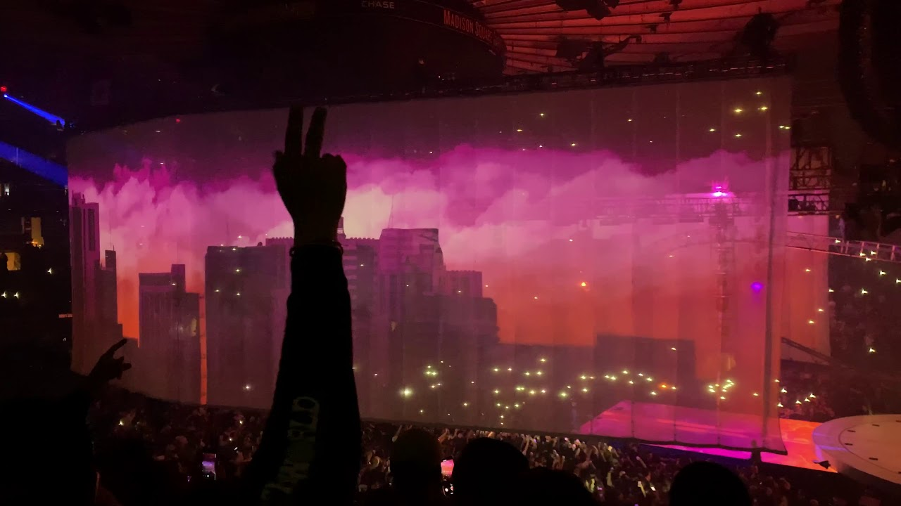 968389c8b59f Travis Scott // Lights Show (Live @ Madison Square Garden) Wish You Were  Here Tour