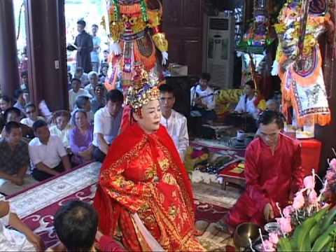 Đức Thánh Đại Vương về tiến đàn nhà Trần tại Phủ Phúc Sinh Trường