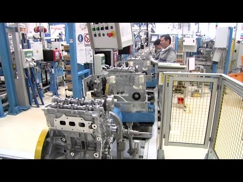 Фото к видео: Renault TCe 90 Engine Production at the Pitesti Plant, Romania