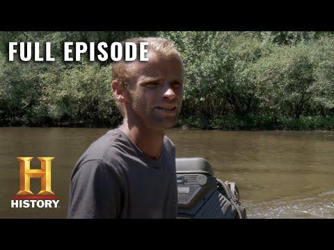 Swamp People: Full Episode - Danger Zone (Season 9, Episode 19) | HISTORY