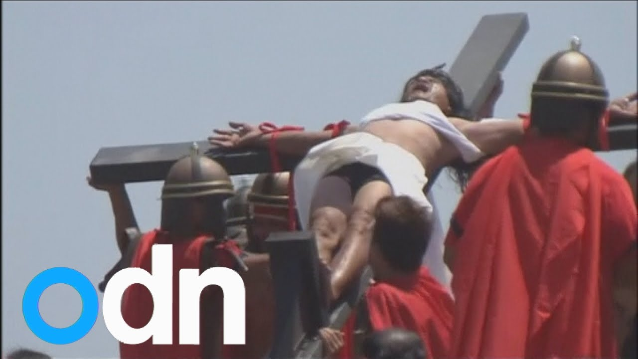 58-year-old Filipino crucified for 32 years