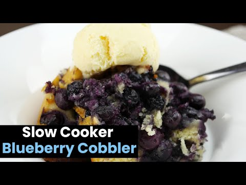 230-Calorie Slow-Oven Blueberry-Ginger root Oat Cobbler