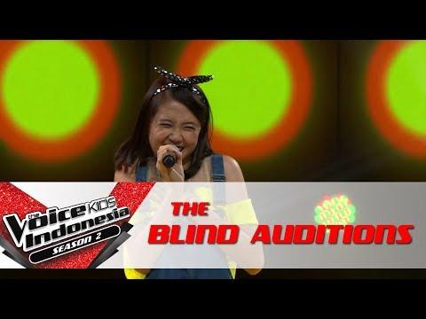 "Vanessa ""Balada Sirkus"" | The Blind Auditions | The Voice Kids Indonesia Season 2 GlobalTV 2017"
