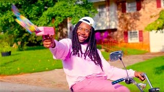 Video Big Baby D.R.A.M. - Cash Machine [Official Music Video] download MP3, 3GP, MP4, WEBM, AVI, FLV Maret 2017
