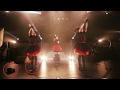 BABYMETAL Moametal loses her shoe! (Cute Fail) の動画、YouTube動画。
