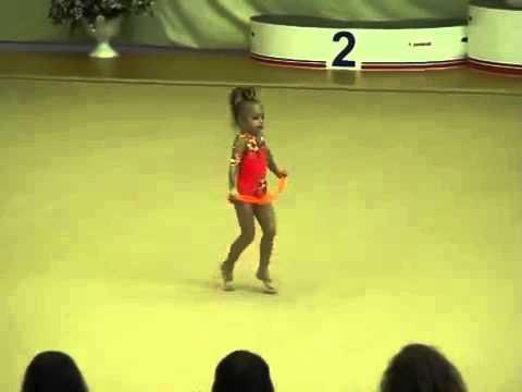Дети таланты. Маленькая гимнастка Маркевич Маша, 2005 г