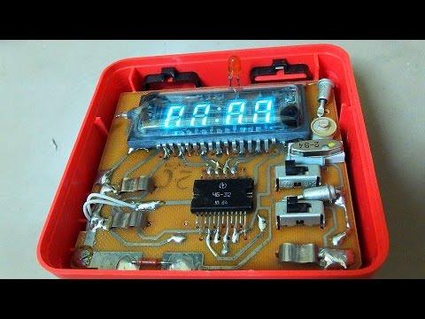 Repairing A Soviet Alarm Clock (Alfa Elektronika 12-41 With VFD Display)
