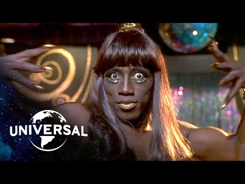 To Wong Foo, Thanks For Everything! Julie Newmar | Walking the Runway in Drag with RuPaul