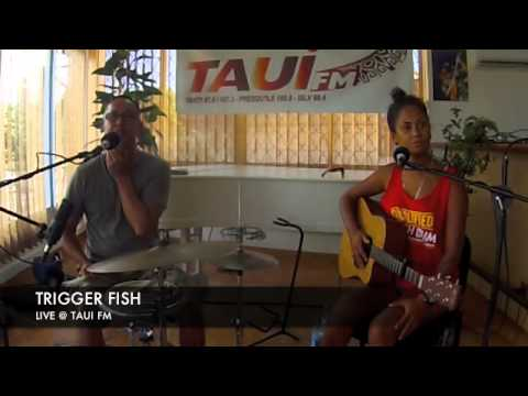 LIVE @ TAUIFM TRIGGER FISH 131115