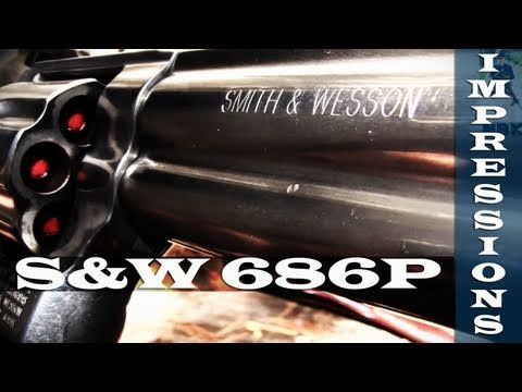 Smith and Wesson 686 Plus Revolver - First Impressions - YouTube