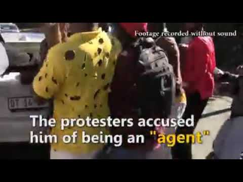 Zimbabweans in South Africa take to the streets
